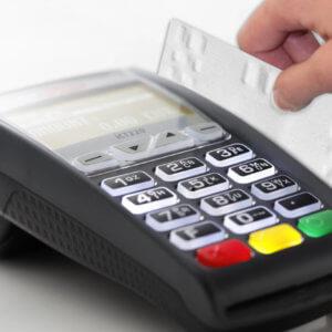 Usage Image Smart Card Swipe 300x300 - Team One POS